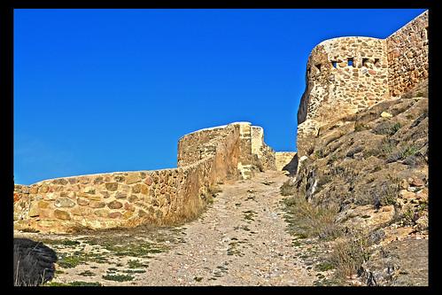 Subida al castillo de Peñas