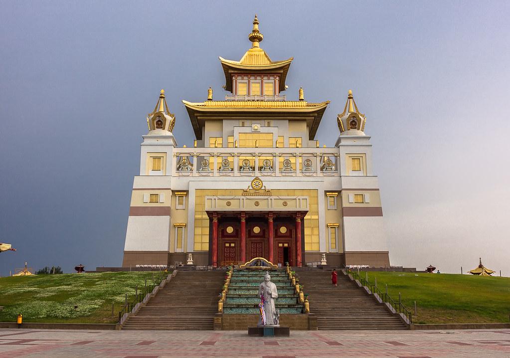 Russia. 13.06.2009 Elista. The Golden Abode of the Buddha Shakyamuni-002