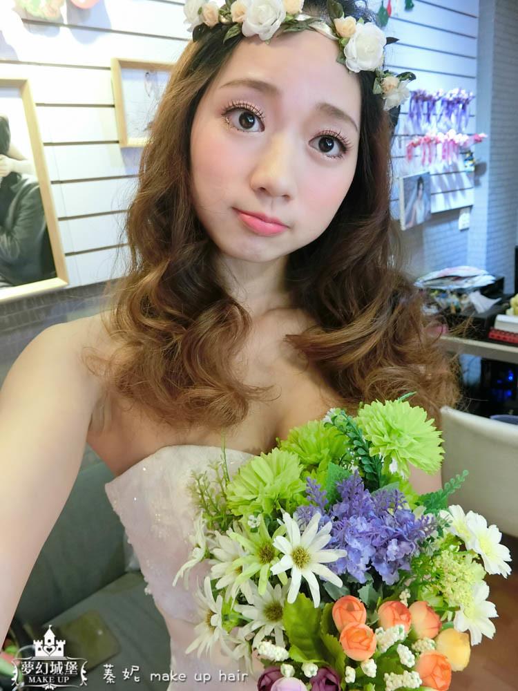 【新秘蓁妮】新娘造型創作 / 花圈唯美捲髮
