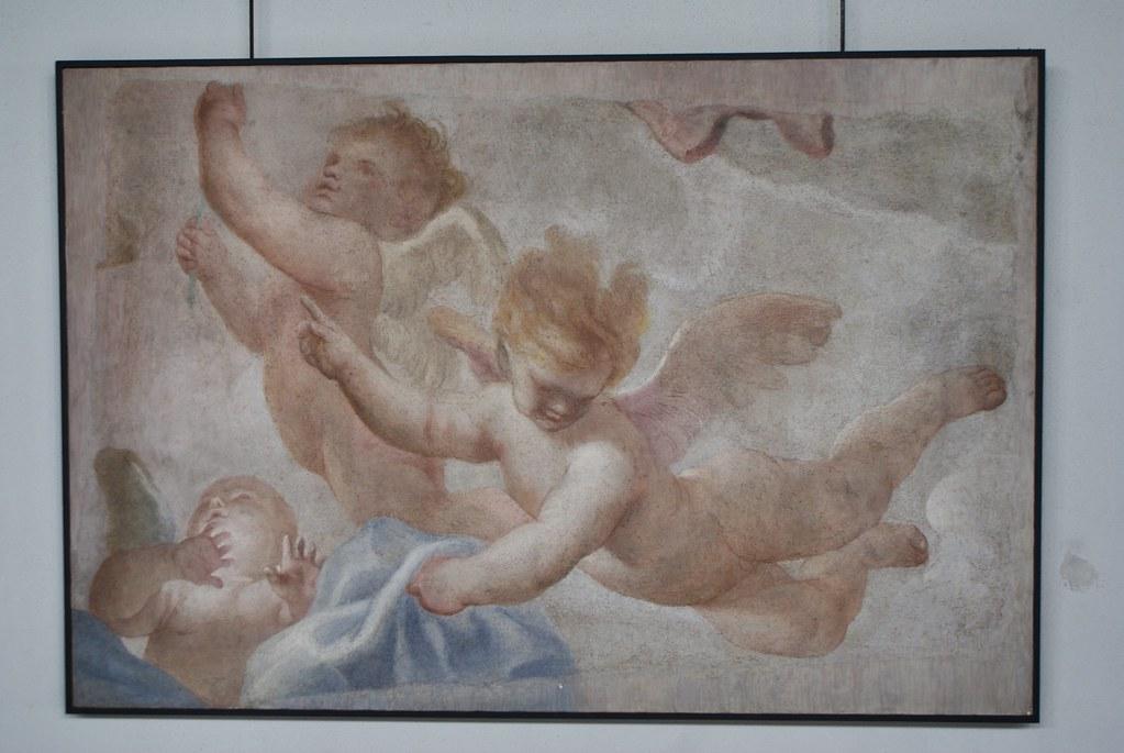 Fresque d'anges dans le Musée de la sculpture Sant'Agostino à Gênes