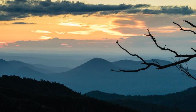 Sunset Mt Buffalo Victoria, Canon EOS M3, Tamron 18-200mm F/3.5-6.3 Di III VC