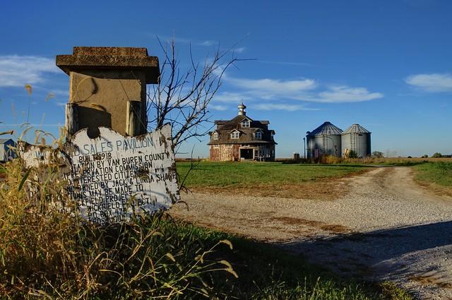 Wickfield Sales Pavillion - near Cantril, Iowa (1 of 3)