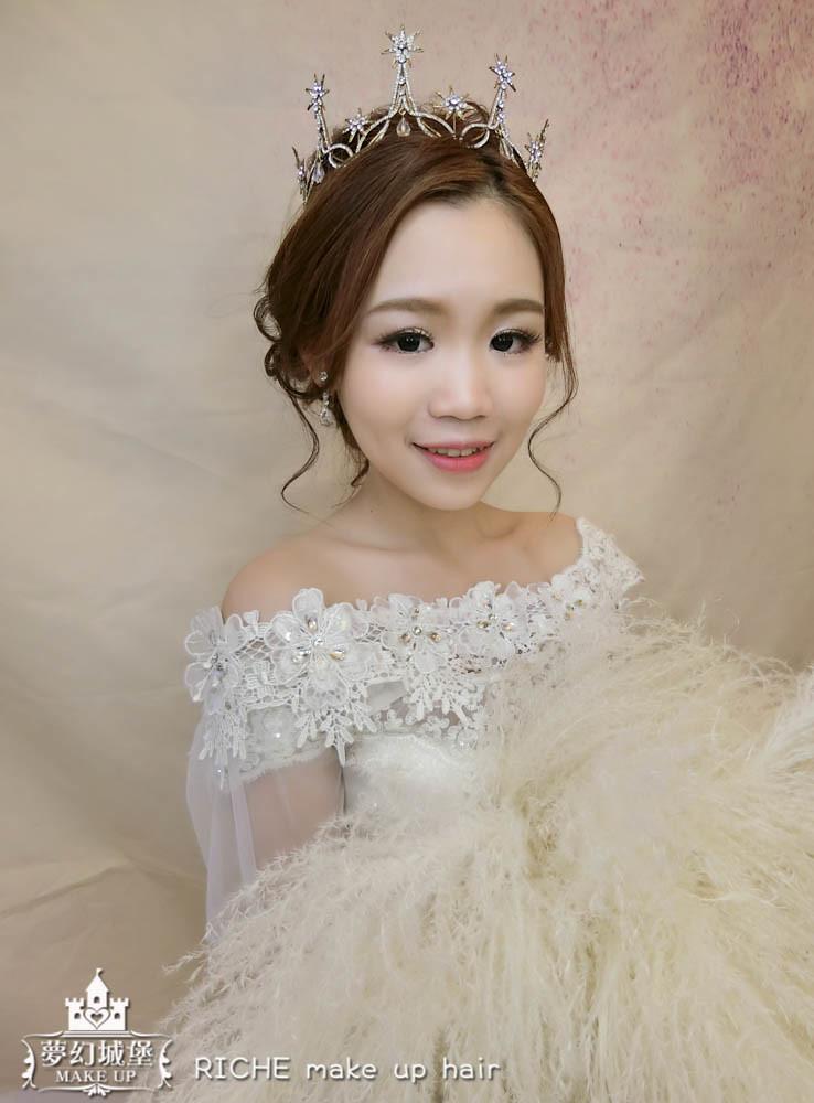 【新秘RICHE】新娘造型創作 / 女王氣勢盤髮