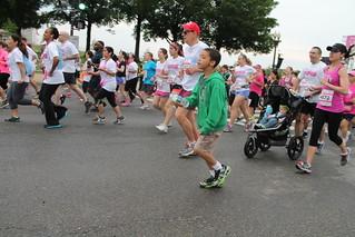 75.Start.Runners.NRFTC.NationalMall.WDC.11May2013