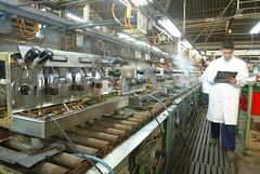 Todos los procesos de fabricación siguen estrictos controles de calidad recogidos en la ISO 9001./ Tots els processo de fabricació segueixen estrictos controls de qualitat recollits a la ISO 9001.