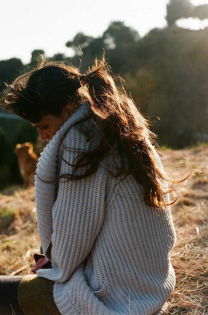 LE LOVE BLOG LOVE STORY LOVE PHOTO IMAGE GIRL WOMAN LOOKING THINKING IN A FIELD DOES NOT LOVE BOYFRIEND GIRLFRIEND AS MUCH AS THEY DO ONE LOVES MORE LOVE STORY IF I LOVED YOU AS MUCH AS YOU LOVE ME Untitled by Valentina C, on Flickr