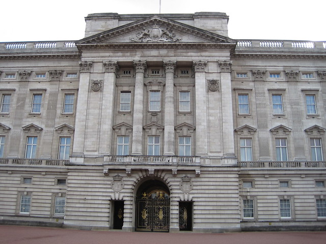 Buckingham Palace royal balcony