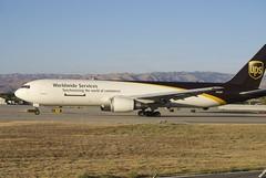 Boeing 767 UPS N330UP