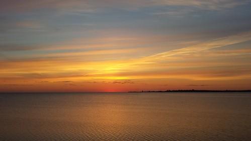 seascape shediac pointeduchene flickrandroidapp:filter=none sunrisecottageorangeskyseawateroceanbaybaieshediaccielsoleilpointechene