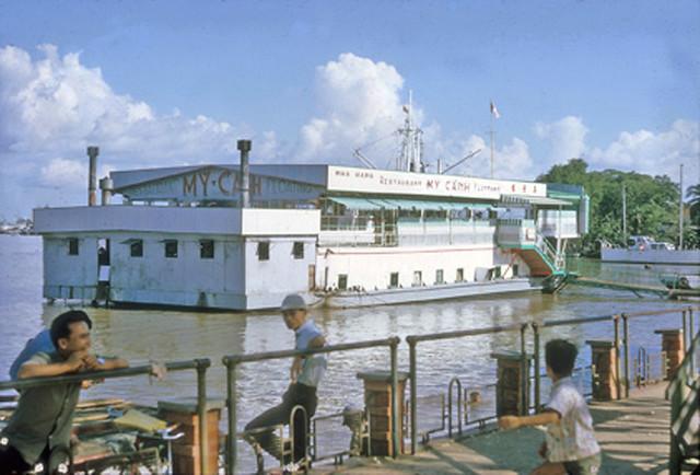 Saigon 1964 - My Canh Floating Restaurant - Nhà hàng nổi Mỹ Cảnh