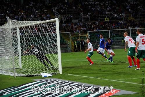 Calcio, Italia: Gila-Buffon, Bulgaria ko