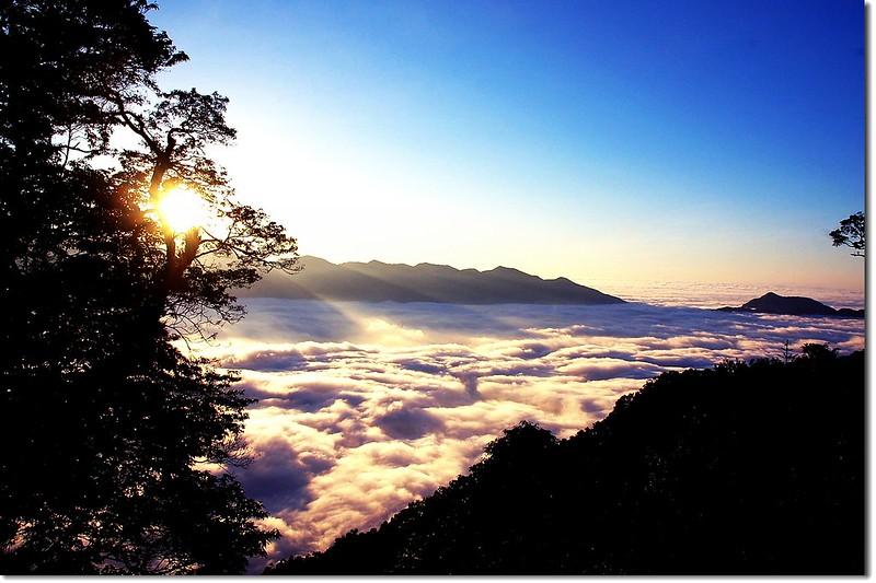 西巒觀日落(From 登山口) 1