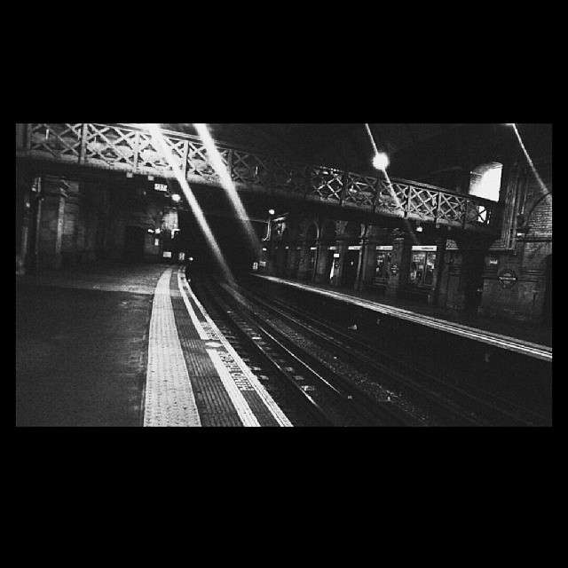 Paddington, 19:51