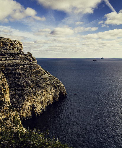 blue winter sea summer sky seascape canon skyscape day cloudy wide malta zurrieq wied 650d