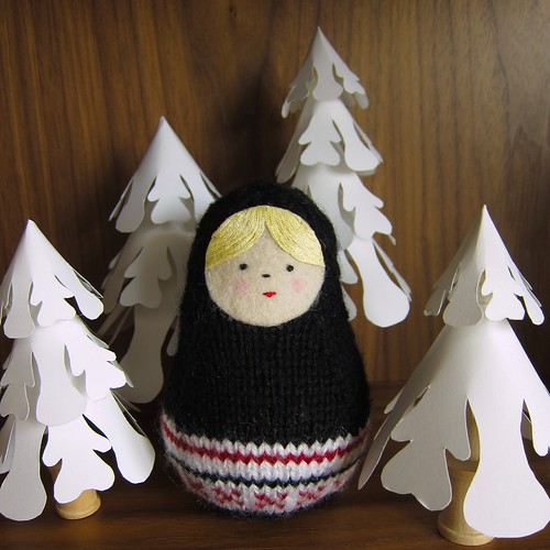 Iron Craft '14 Challenge #3 - Knit Matryoshka Doll