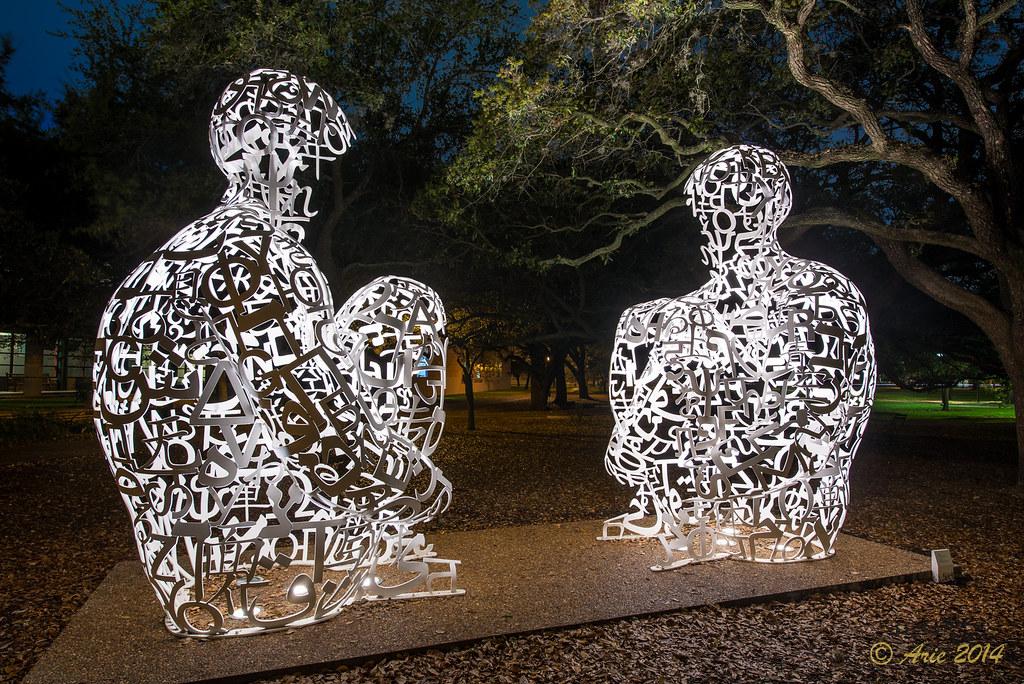 Plensa's 'Mirror' sculpture