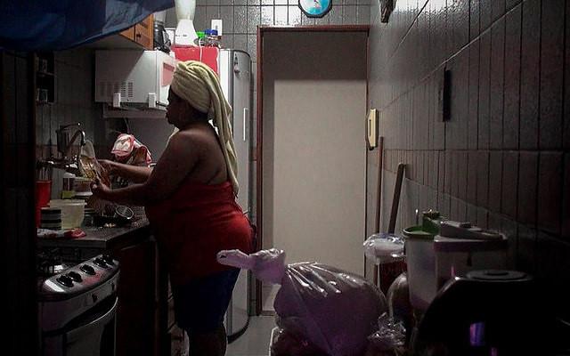 Domésticas: informalidade e reforma da Previdência dificultam aposentadoria
