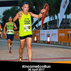 Thank you RunningShots! The feeling's different when you cross the finish knowing that you didn't run for yourself. #incomeecorun #TeamForKids so honoured to have worn this singlet from @teamforkids symbolizing my commitment to support such organization w