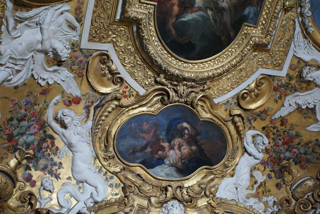 Plafond dans le Palais Royal de Turin.