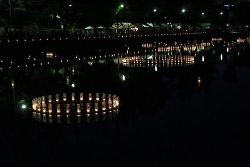 福井城址お堀の灯り