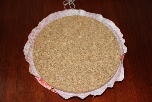 Fabric covered cork board tutorial pic 4