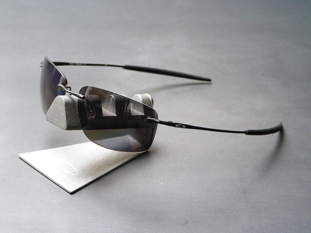 f4d993088f ... Oakley Nanowire™ 1.0 Matte Black w Black Iridium Polarized