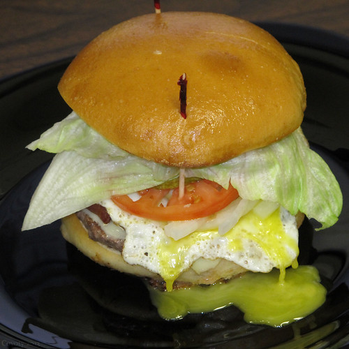 Broken yolk bacon cheeseburger by Coyoty
