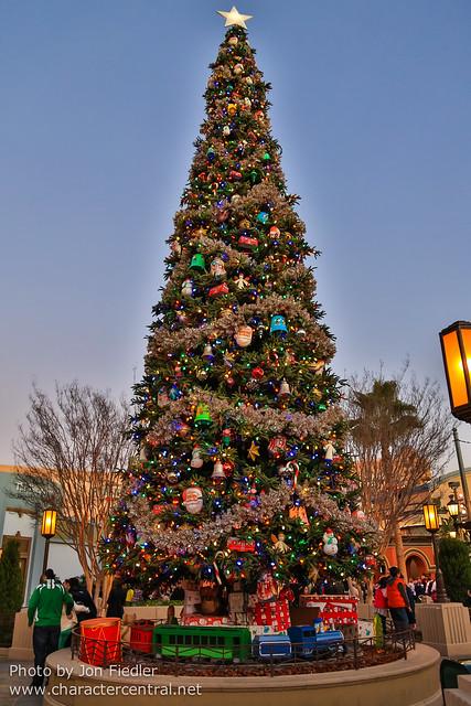 Disneyland Dec 2012 - Christmas on Buena Vista Street