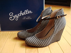 Seychelles Dynamite Fishnet Wedge