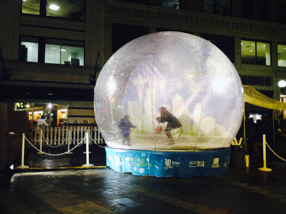 SnowGlobe Live!