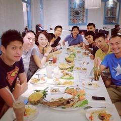 2013xD2 曼谷 意外的!  很不好吃! 不過還是謝謝陳經理。