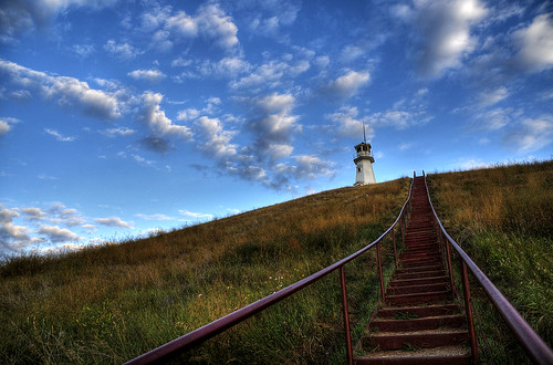 sky lighthouse clouds landscape nikon hill sigma saskatchewan 18200 d300 livingskies