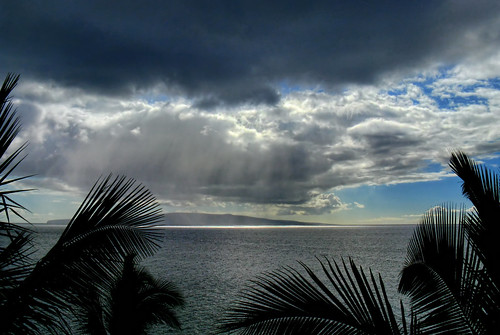 day cloudy maui