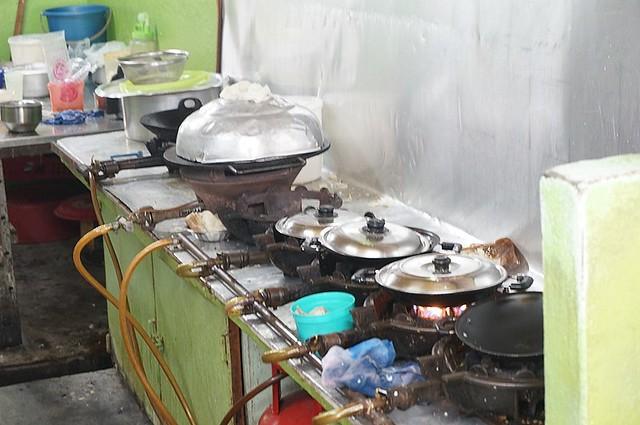 Halal breakfast in Penang Astaka Taman Tun Sardon-033