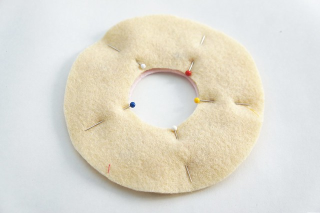 diy donut pin cushion