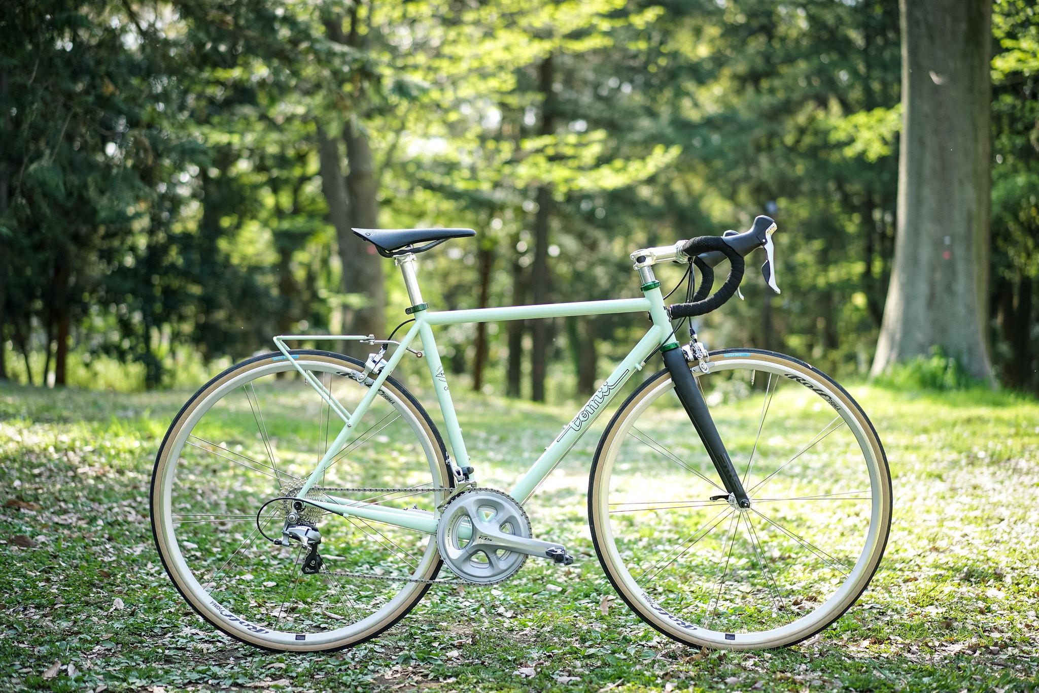 Matsu's *TOMII CYCLES* canvas completebike