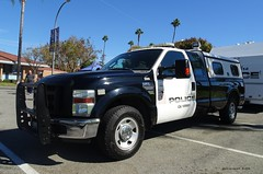 La Habra CA Police - Commercial Enforcement - Ford F250 (1)