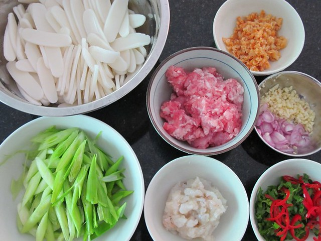 Hokkien fried rice cake_ingredients
