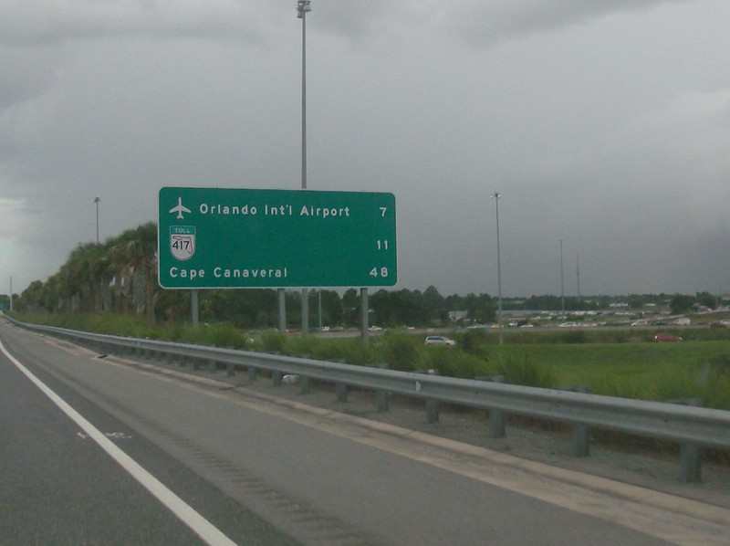 Area Airport Signing On Freeways