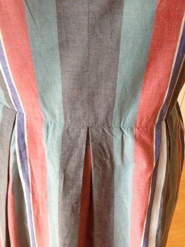 shirting stripe Vogue 9760 matching