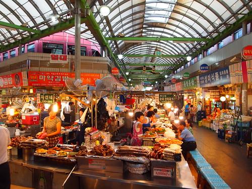 広蔵市場(クァンジャンシジャン/광장시장)
