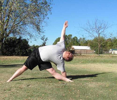 Fall morning yoga '13: Utthita Trikonasana
