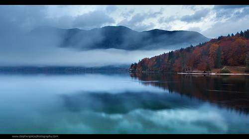 morning autumn panorama mist mountain lake misty wideangle slovenia autumnal bohinji