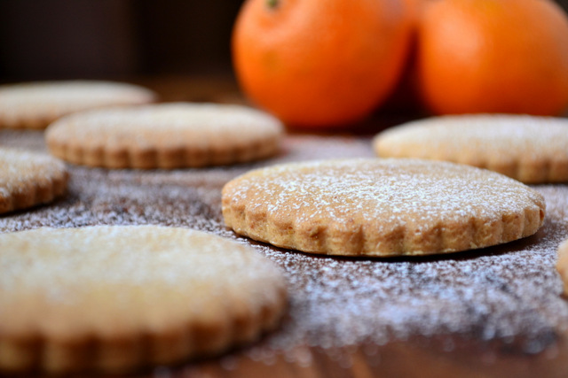 Christmas Spiced Biscuits Frugalfeeding