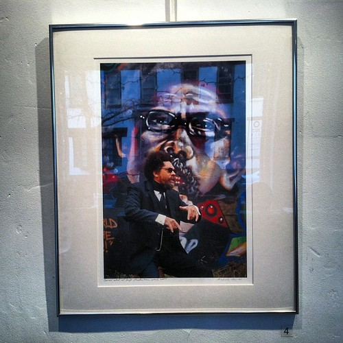 #ricardobarros #photography of #cornelwest in front of my portrait of him at #gallery219 #arthammer #luv1 #graffiti #streetart #njgraff #trenton #njallday by eL hue V