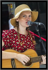 Singing in Brisbane Mall-5=