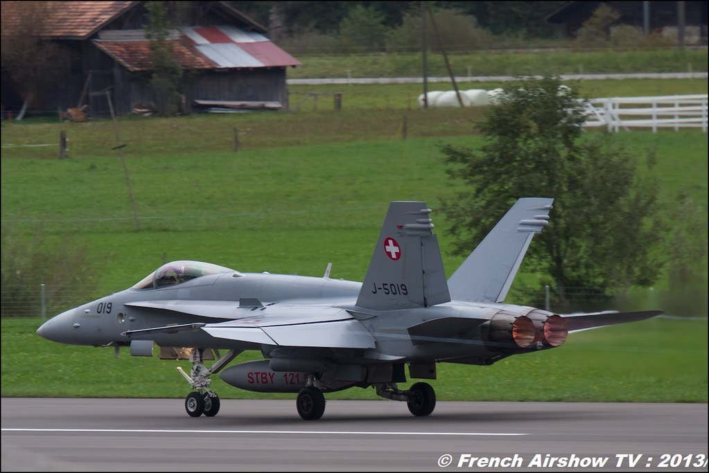 Base de Meiringen Exercices de tir d'aviation Axalp 2013