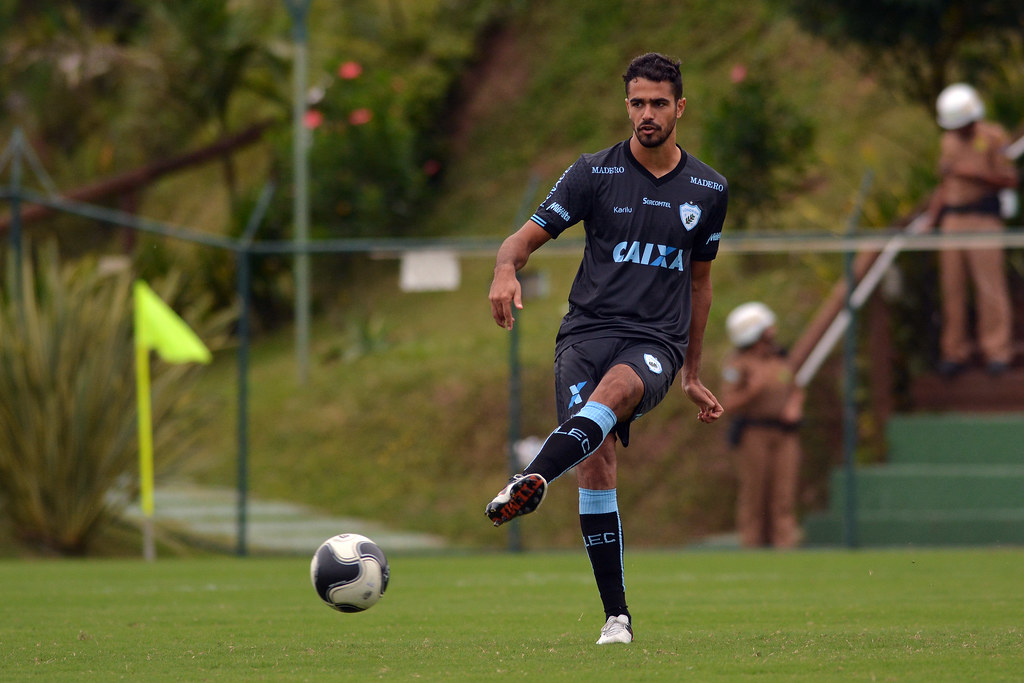 Gustavo Oliveira_022
