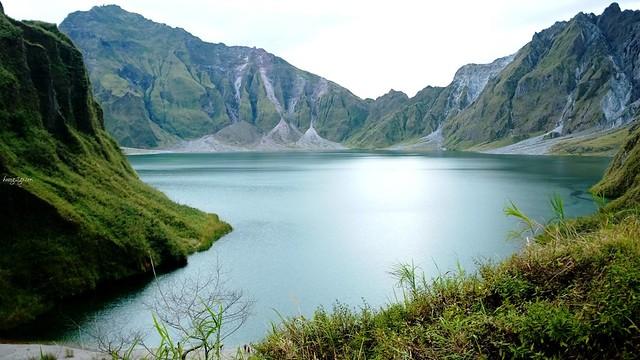huong2go_pinatubo_lake