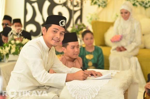 8923137552 50388ddc48 o Gambar Perkahwinan Izzue Islam dan Awin Nurin